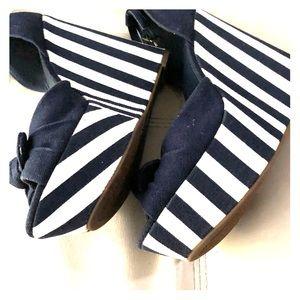 Jessica Simpson blue & white striped wedges